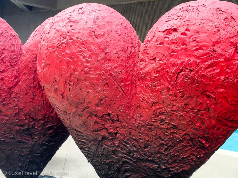 Jim Dine Twin 6' Hearts Sculpture Garden Palm Springs Art Museum