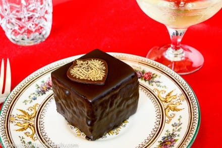 Delicious dark imperial torte Schwarze orange mignon