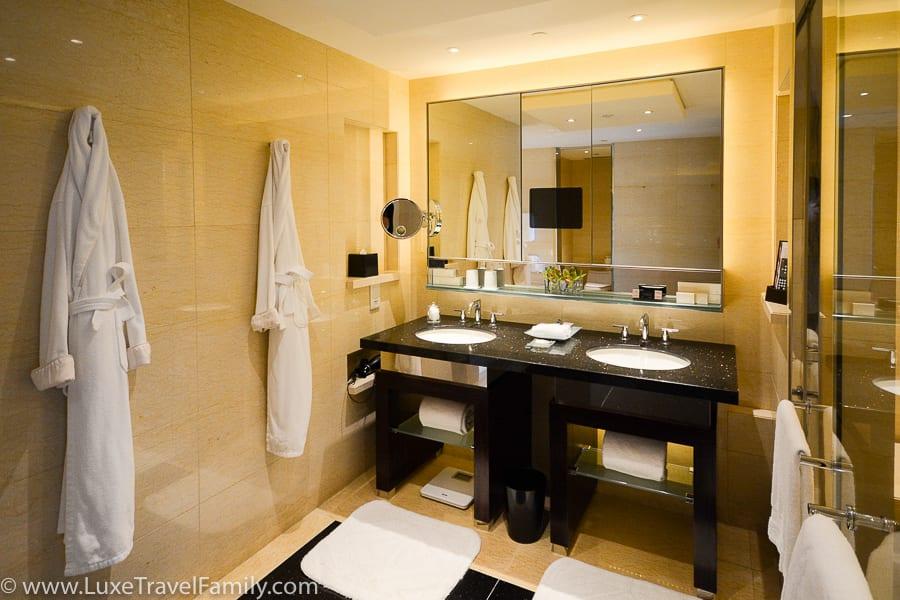 Spa Bathroom Four Seasons Hong Kong