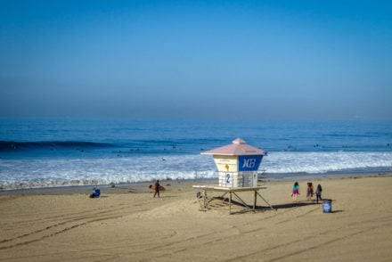 Huntington Beach hot spots surfing